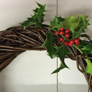Christmas Willow: Angels, Stars and Wreaths - 8 - 15 Dec
